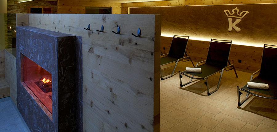 Hotel Karwendelhof, Seefeld, Austria - relaxation area.jpg